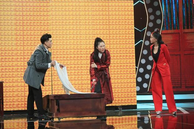 Suýt bị loại, Cẩm Hò – Đình Lộc bất ngờ đoạt ngôi Quán quân Cặp đôi hài hước - Ảnh 6.