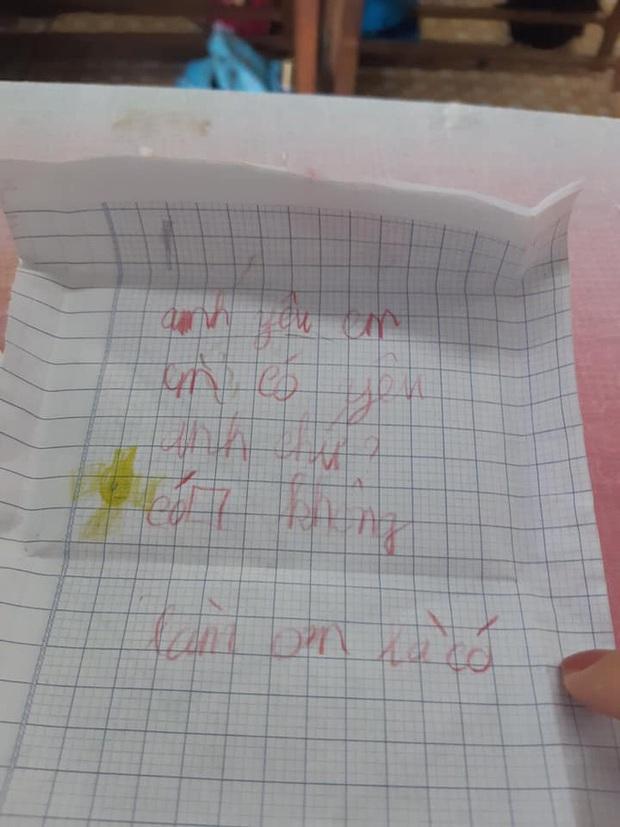 Dòng chữ bất thường trong phong thư kèm 3000 đồng của học trò gửi cô giáo - Ảnh 2.