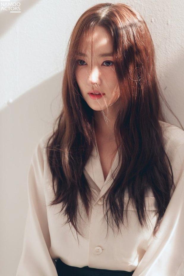 Dân Hàn chuộng vẻ đẹp tự nhiên nhưng mê mệt dàn nữ hoàng dao kéo này, nhìn ảnh thay đổi trước và sau là hiểu tại sao - Ảnh 6.
