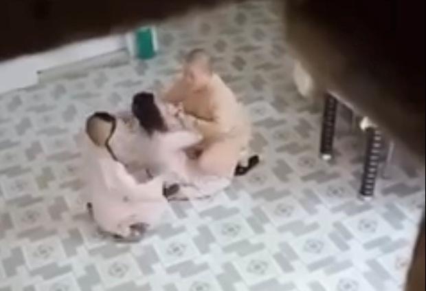 Công an vào cuộc sau khi xuất hiện clip sư cô đánh trẻ em trong một ngôi chùa ở Sài Gòn - Ảnh 1.