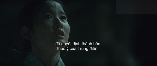 Mystic Pop-up Bar càng xem càng thấy nhảm: Hwang Jung Eum đọc tiểu thuyết mạng 19+ làm Juliet cưới luôn bố Romeo, phim gì ngộ? - Ảnh 9.