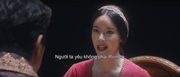 Mystic Pop-up Bar càng xem càng thấy nhảm: Hwang Jung Eum đọc tiểu thuyết mạng 19+ làm Juliet cưới luôn bố Romeo, phim gì ngộ? - Ảnh 1.