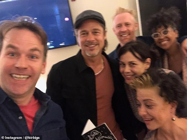 Bạn gái tin đồn của Brad Pitt gây sốc vì diện mạo mới, netizen gay gắt phản đối chuyện hẹn hò và so sánh với Angelina - Jennifer - Ảnh 9.