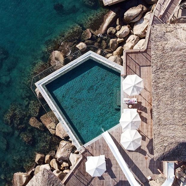 """8 resort biệt lập 5 sao đang có giá siêu """"hời"""" bên ngoài thành phố biển Nha Trang: Nơi hoàn hảo để rũ bỏ muộn phiền và hòa mình vào thiên nhiên - Ảnh 2."""