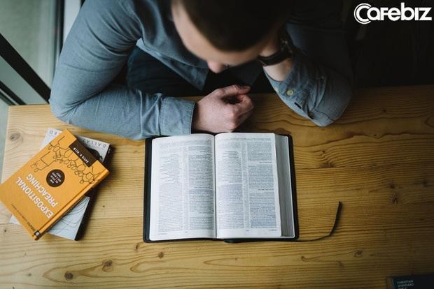 Đọc sách rốt cuộc ảnh hưởng tới người lớn tới đâu? Tôi tìm ra được câu trả lời sau khi phỏng vấn hàng trăm người đi làm  - Ảnh 4.