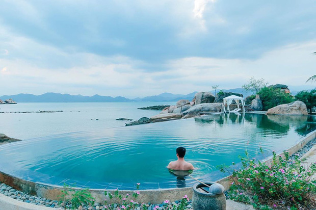 """8 resort biệt lập 5 sao đang có giá siêu """"hời"""" bên ngoài thành phố biển Nha Trang: Nơi hoàn hảo để rũ bỏ muộn phiền và hòa mình vào thiên nhiên - Ảnh 7."""