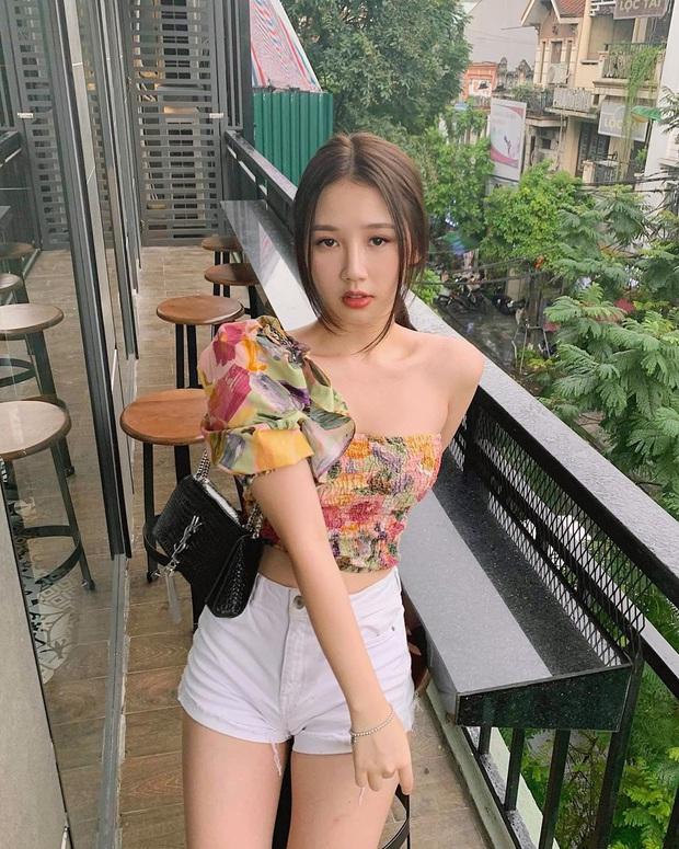 Học tập Jennie - Lisa, sao Việt thi nhau diện kiểu áo một mất một còn khoe body sexy hết cỡ - Ảnh 8.