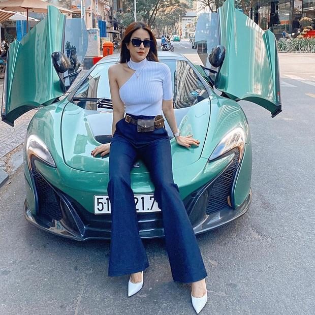 Học tập Jennie - Lisa, sao Việt thi nhau diện kiểu áo một mất một còn khoe body sexy hết cỡ - Ảnh 7.