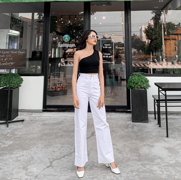 Học tập Jennie - Lisa, sao Việt thi nhau diện kiểu áo một mất một còn khoe body sexy hết cỡ - Ảnh 17.