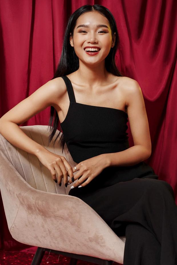 Học tập Jennie - Lisa, sao Việt thi nhau diện kiểu áo một mất một còn khoe body sexy hết cỡ - Ảnh 13.
