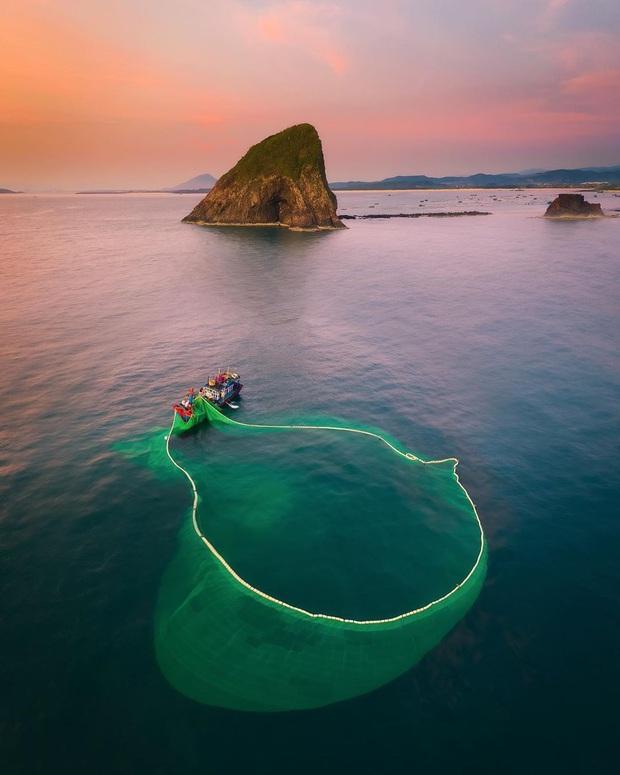 """Mấy ai biết Việt Nam có một hòn đảo san hô với vẻ đẹp """"siêu thực"""" thế này, xem ảnh mà cứ ngỡ đâu nước ngoài xa xôi - Ảnh 19."""