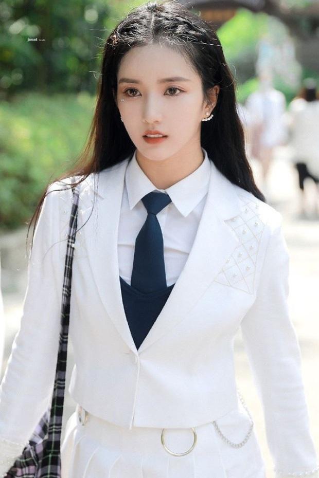 """Nữ idol Kpop đang hot ở Sáng Tạo Doanh tiết lộ bị công ty đuổi thẳng cổ với lời nhắn """"không cần quay lại"""", nhóm bị nghi đã tan rã? - Ảnh 3."""