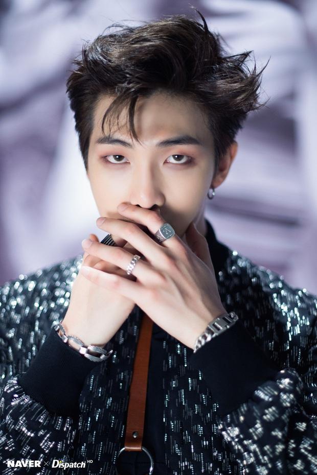 Cú lột xác ngoạn mục sau 7 năm của BTS: Từ bị chê kỳ lạ nhất Kpop giờ nổi tiếng toàn cầu, 2 người giành No.1 đẹp trai nhất thế giới - Ảnh 22.
