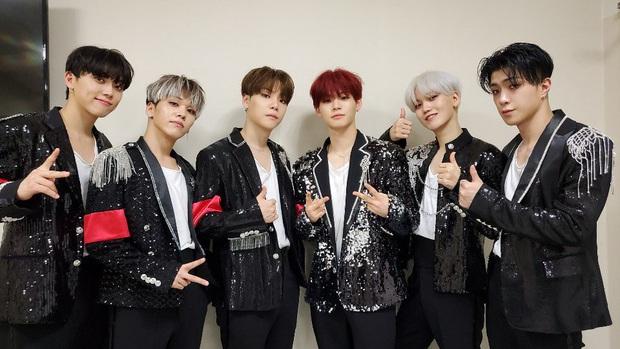Show sống còn Mnet thành công khi đưa một nhóm nam tài năng ra mắt đã 3 năm từ ít ai biết trở thành hiện tượng khi lọt BXH với loạt ca khúc cũ - Ảnh 2.