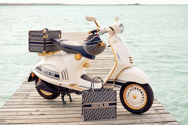 Không phải túi xách, Dior khiến giới mộ điệu xôn xao từ giờ đến 2021 với Vespa 946 phiên bản đặc biệt - Ảnh 4.