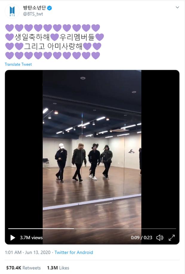 """j-hope đăng cảnh BTS nhảy nhót trên nền ca khúc """"ẩn"""" trong album debut nhân kỉ niệm 7 năm, bài hát khiến fan rưng rưng nhưng sao vũ đạo """"nhộn"""" thế này? - Ảnh 2."""