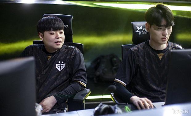 Clid bị cộng đồng fan LMHT Hàn Quốc chỉ trích vì... có bạn gái? - Ảnh 2.