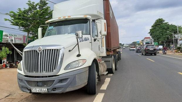 CLIP: Khoảnh khắc xe tải lao vào chợ làm 5 người chết, 5 bị thương - Ảnh 3.