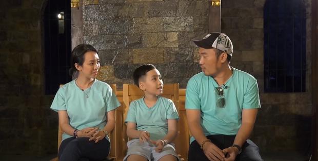 Thu Trang cạn lời, Tiến Luật hụt hẫng khi bé Andy nhận nhầm bố - Ảnh 1.
