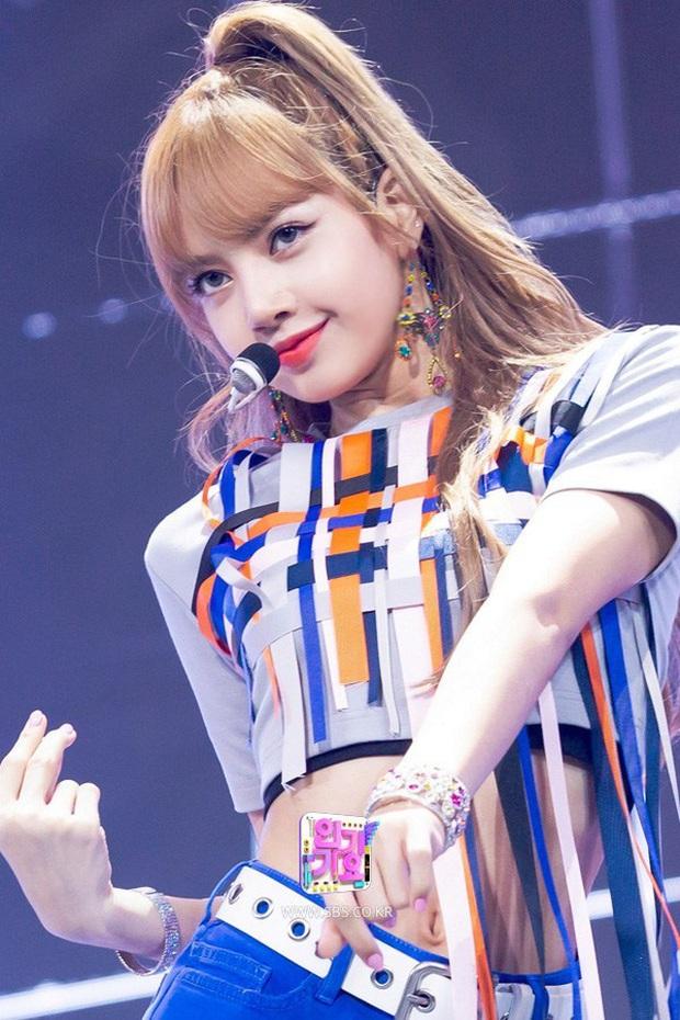 Hồ sơ tình ái của BLACKPINK: Jisoo - Rosé có duyên với BTS, Jennie dây dưa toàn máu mặt, Lisa lại vỡ mộng nhất? - Ảnh 32.