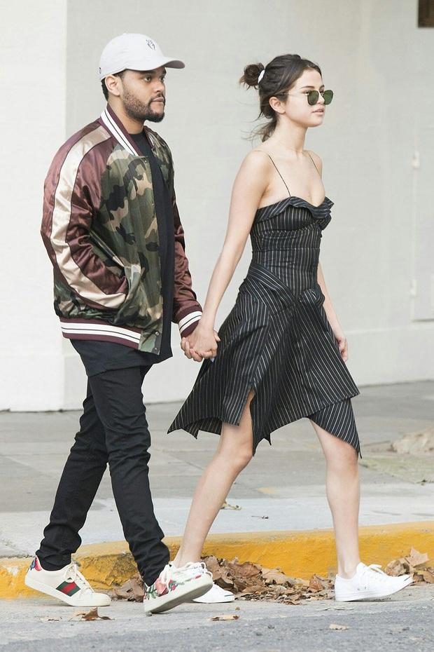 """Muốn biết thế nào là style """"lên hương"""", bạn nên """"bung lụa"""" theo Selena Gomez diện váy xinh yêu chuẩn hè - Ảnh 7."""