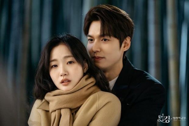 Nàng thơ Kim Go Eun từ một nữ sinh phim 18+ năm nào, giờ đã cưa đổ cả Quân Vương Bất Diệt - Ảnh 10.