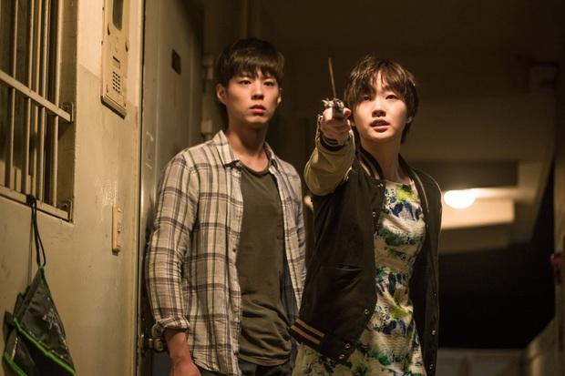 Nàng thơ Kim Go Eun từ một nữ sinh phim 18+ năm nào, giờ đã cưa đổ cả Quân Vương Bất Diệt - Ảnh 5.