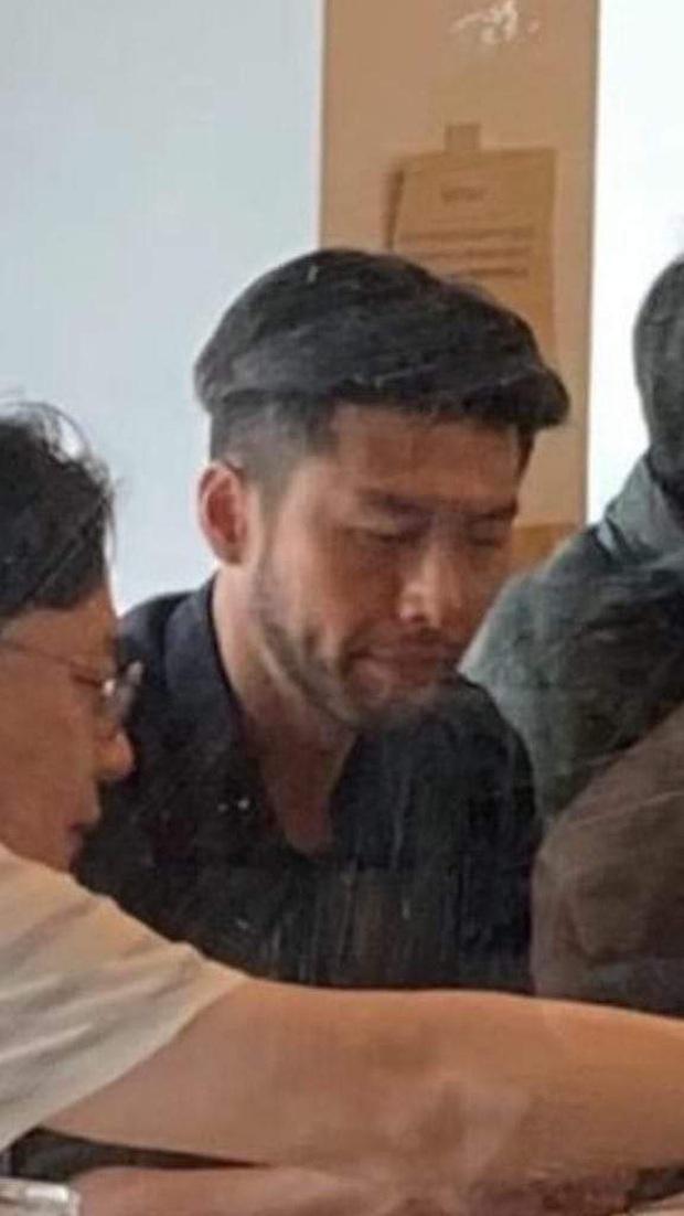 Hyun Bin gây sốc vì già nua kém sắc ở phim mới, vừa nhìn nhớ ngay thời ốm đói năm nào - Ảnh 3.