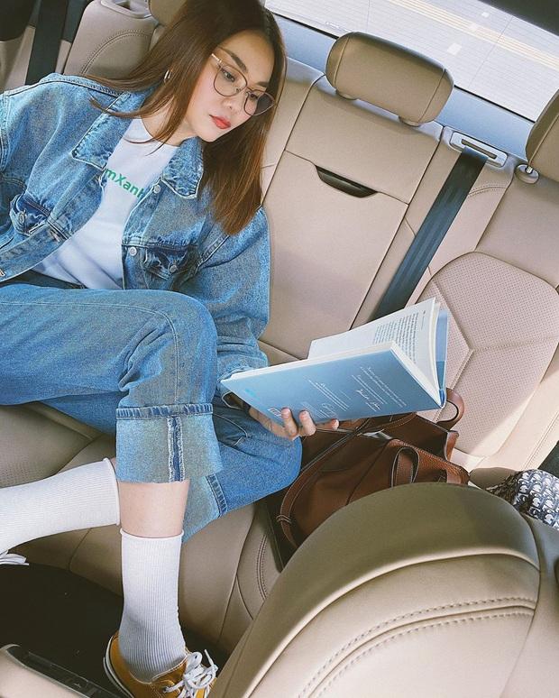 Các mỹ nhân 8x của Vbiz cực kết một mẫu quần jeans hack tuổi siêu phàm, ai diện lên cũng trẻ và ăn chơi hẳn - Ảnh 6.