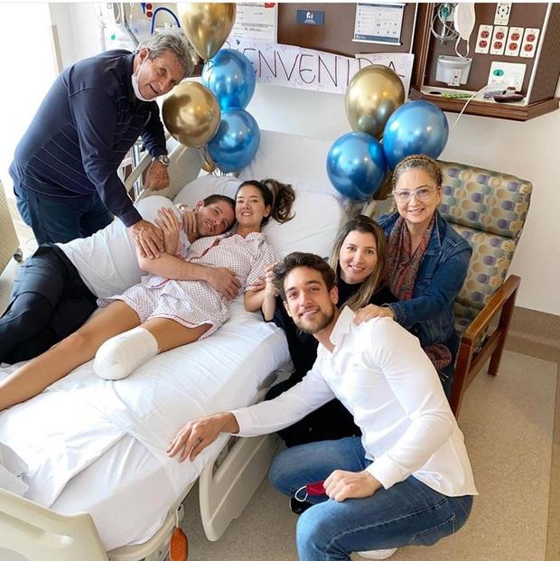 Khánh Vân dành lời động viên cho Hoa hậu Colombia phải cưa chân do biến chứng phẫu thuật - Ảnh 2.