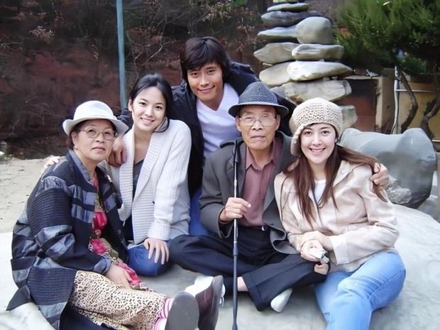 Soi Song Hye Kyo phân biệt đối xử Hyun Bin với 2 tình cũ: Kết cục anh lại là người duy nhất chưa từng cà khịa cô! - Ảnh 20.