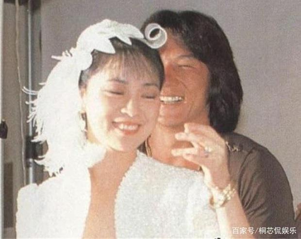 Lâm Phụng Kiều: Ảnh hậu thành vợ bí mật của Thành Long, 17 năm nhẫn nhục vì chồng ngoại tình và chiếc nhẫn không vừa tay - Ảnh 10.