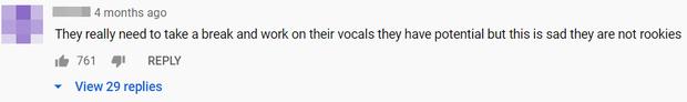 """Cùng 1 bài, TWICE hát live """"chơi chơi"""" thì được khen tới tấp; lên sân khấu đàng hoàng lại xuống phong độ, có thành viên bị chê hát như trẻ con - Ảnh 10."""