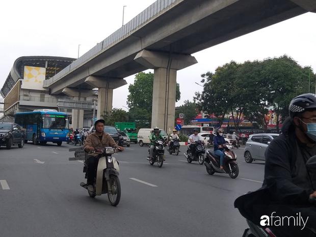 Vụ thai phụ 32 tuần tuổi bị mất con trong tai nạn ở Hà Nội: Gia đình chưa cho người mẹ biết chuyện - Ảnh 4.