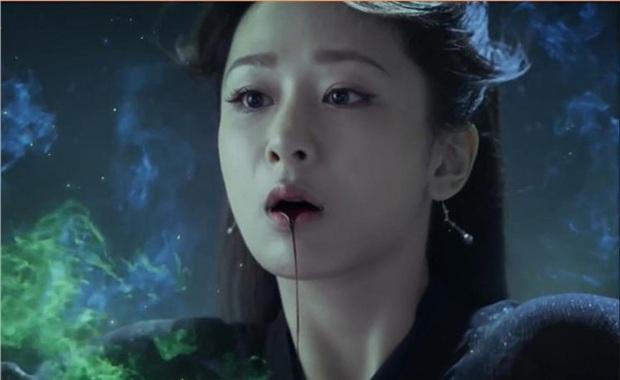 7 phân cảnh bi ai tột đỉnh ở phim Trung: Đau lòng nhất là khi nhìn Tôn Lệ ôm quan tài gào khóc - Ảnh 10.