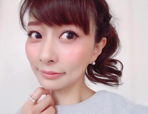 3 loại kem nền bán chạy nhất Nhật Bản: Giúp da mịn mướt tự nhiên mà không sợ bóng dầu, nhờn dính - Ảnh 2.