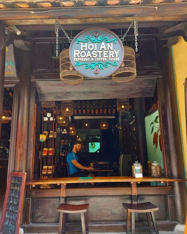 Du lịch Hội An: Không nên bỏ lỡ 5 quán cà phê đậm chất phố cổ, từ dân dã, hoài cổ đến tinh tế, hiện đại - Ảnh 8.