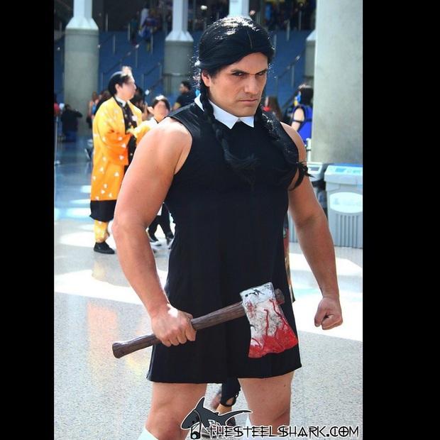 Anh trai vai u thịt bắp cuồn cuộn nhưng chỉ thích cosplay các vai... nữ tính - Ảnh 2.
