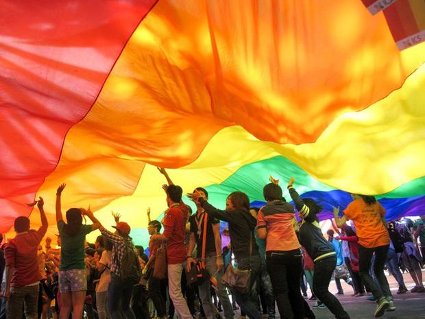 Tin vui: Bệnh viện Da liễu TP HCM tập huấn giao tiếp ứng xử với cộng đồng LGBT, xây dựng bệnh viện thân thiện - Ảnh 1.