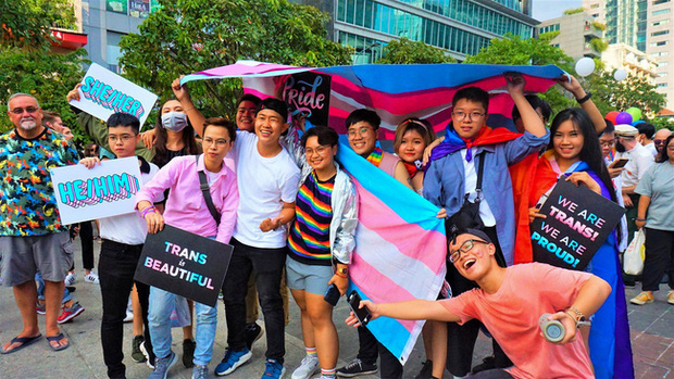Tin vui: Bệnh viện Da liễu TP HCM tập huấn giao tiếp ứng xử với cộng đồng LGBT, xây dựng bệnh viện thân thiện - Ảnh 2.
