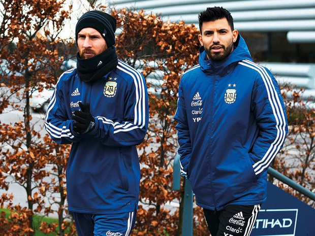 Góc đu fame bạn thân: Sao bóng đá lấn sân streamer, cứ view thấp là lại gọi điện cho... Messi để câu khán giả - Ảnh 5.