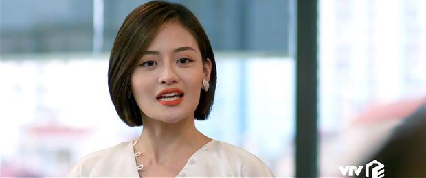 Hội 3 cô em gái quái thai ở phim Việt: Đáng sợ nhất đích thị là Ánh sân si của Tình Yêu và Tham Vọng - Ảnh 1.