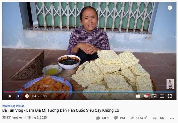 """Thêm một nhân tố """"phá đám"""" Bà Tân Vlog nhưng bà vẫn quyết tâm nấu ăn đãi các cháu, thay đổi cả thói quen bình thường để hoàn thành món ăn - Ảnh 3."""
