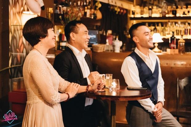 Bar Stories: Rơi nước mắt với câu chuyện của các người hùng xông vào vùng đại dịch, không lấy lương để cứu kiều bào trên thế giới - Ảnh 9.
