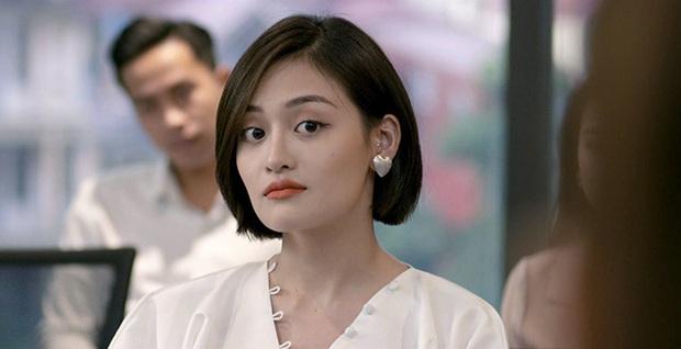 Hội 3 cô em gái quái thai ở phim Việt: Đáng sợ nhất đích thị là Ánh sân si của Tình Yêu và Tham Vọng - Ảnh 2.