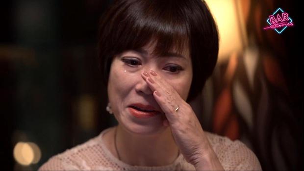Bar Stories: Rơi nước mắt với câu chuyện của các người hùng xông vào vùng đại dịch, không lấy lương để cứu kiều bào trên thế giới - Ảnh 2.