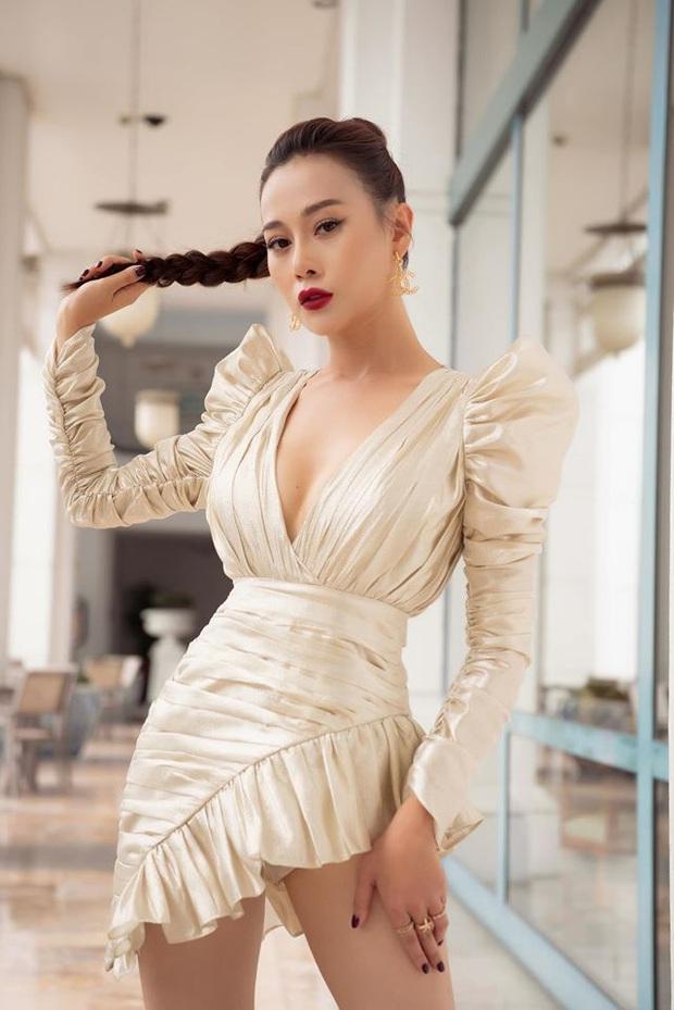3 hot girl làng Yên: Lên phim thì gái làng đúng chất, ngoài đời lại sexy táo bạo khó ai bằng, bất ngờ nhất là em Đào đanh đá - Ảnh 4.