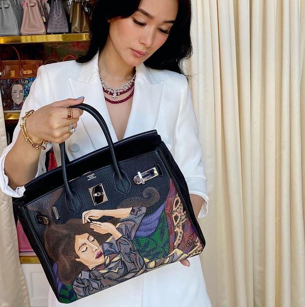 Không chỉ sưu tập túi hiệu, bạn thân Hà Tăng Heart Evangelista còn cho ra lò túi Hèrmes độc lạ do chính cô vẽ, tiền công hơn 40 triệu VNĐ  - Ảnh 5.