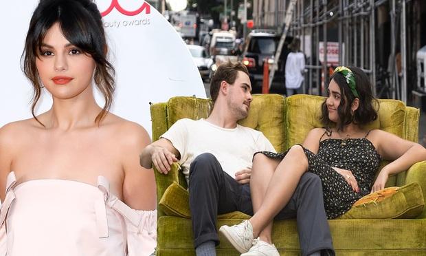 Mulan Lưu Diệc Phi bắt tay Selena Gomez khai trương phòng vé Mỹ hậu COVID-19, hai chị đẹp nhất định qua mặt TENET? - Ảnh 3.