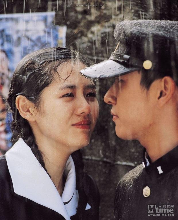 Cư dân mạng Hàn sốc nặng trước nhan sắc 17 năm không đổi của Son Ye Jin: Nói là 17 giây cũng có người tin! - Ảnh 8.